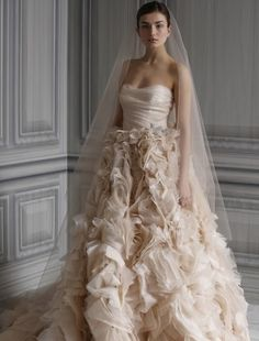 Monique Lhuillier - Sweetheart Ball Gown in Silk