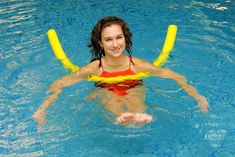 Best Swimming Pool Exercise Equipment for Underwater Aerobics