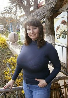 amateur older woman with big boobs clothed