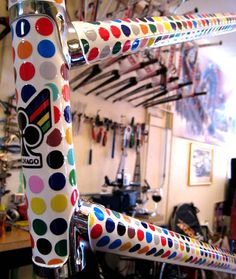 Bicycle Paint Job, Bicycle Painting, Bicycle Art, Bicycle Design, Cool Bicycles, Vintage Bicycles, Bike Horn, Kids Cycle, Touring Bicycles