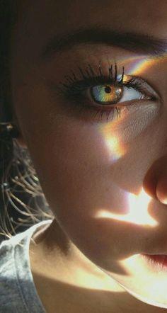 Moody and Lifestyle Portrait Photography by Jonathan David Pretty Eyes, Beautiful Eyes, Beautiful Images, Beautiful Tumblr, Rainbow Aesthetic, Photos Tumblr, Tumblr Selfies, Tumblr Girls, Belle Photo