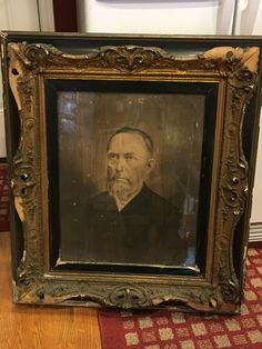 It's a large framed portrait of Civil War Union surgeon Enos S. Swain of Kentucky.    E.S. Swain was transferred to General Meade in the spring of 1863, just in time to serve at the Battle of Gettysburg in the early summer. He likely knew Dr Bill Swango after the War.