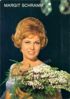 German soprano Signed promo photo, inscribed, size is 4 x 6 inches, in excellent condition. Lee, Conditioner, 6 Inches, German, Products, Deutsch, German Language, Gadget