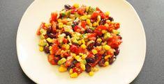 Ak máte radi mexické chute, potom si nenechajte ujsť vynikajúci mexický šalát s fazuľou. Je mnoho postupov ako ho pripraviť a my sme vybrali ten najjednoduchší recept, ktorý je navyše aj dostupný. Budeme potrebovať: 200 gramov tvrdého syra koreniny podľa chuti konzerva červených fazúľ konzerva kukurice konzerva ananásu 1 pór 5 PL majonézy (pre zdravšiu