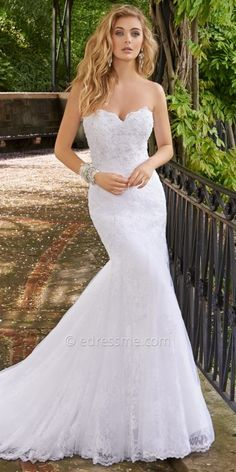 Camille La Vie Beaded Lace Trumpet Wedding Dress, Wedding Dresses Hochzeitskleider, atemberaubende Kleider für Deine Hochzeit. Amazing wedding dresses. Be a beautyful bride
