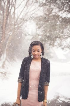 This picture almost makes me like winter. Almost. But it is helping me love Candace Read's style. Gorgeous style. Gorgeous blog. Gorgeous lady. Blush Like Love | Live Love and Read #heirloomfinds