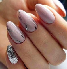 81 Latest Nail Art Trends & Ideas Worth to Try… 25 Marmornagel Design mit Wasser & Nagellack Latest Nail Designs, Elegant Nail Designs, Latest Nail Art, Winter Nail Designs, Elegant Nails, Stylish Nails, Cute Nails, Pretty Nails, My Nails