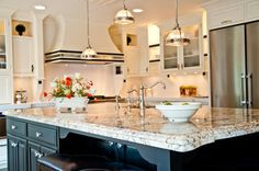 Silver And Gold Granite And Quartz Countertops   Traditional   Kitchen    Indianapolis   By SANTAROSSA
