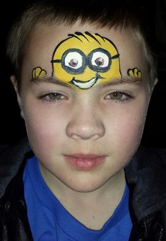 Simple face painting designs are not hard. Many people think that in order to have a great face painting creation, they have to use complex designs, rather then Boy Face, Child Face, Face Painting For Boys, Body Painting, Simple Face Painting, Minion Face Paint, Evil Minions, Minion 2, Minion Party