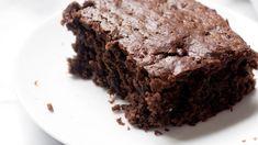 Λαχταριστό και αφράτο σοκολατένιο κέικ χωρίς βούτυρο, αυγά και χωρίς μίξερ Cooking, Desserts, Food, Kitchen, Tailgate Desserts, Deserts, Essen, Postres, Meals