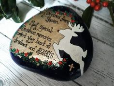 Christmas remembrance stone.  A lovely way to remember your loved ones.  Christmas memorial stones for outside.  Christmas memorial gifts.  Click here for more designs.