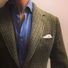 """lacasuarina: """" Chilly mornings, warm afternoons. Man 1924 unlined tweed houndstooth jacket Brunello Cucinelli chambray shirt Plain white square #menswear #mensfashion #man1924 #brunellocucinelli..."""