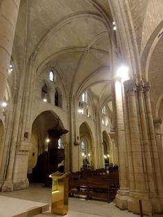 Paris (75), église Saint-Pierre, croisée, vue vers le sud-ouest - Église Saint-Pierre de Montmartre — Wikipédia