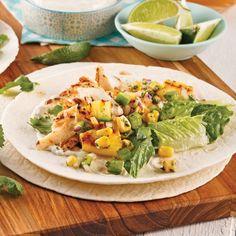 Wrap au poisson à saveur hawaïenne Tilapia, Tortillas, Sandwiches, Saveur, Cobb Salad, Mexican, Tofu, Ethnic Recipes, Instagram