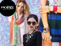 5 accesorios basicos que toda chica debería tener: Buen reloj Aretes pequeños Bufanda Collar original Collar minimalista