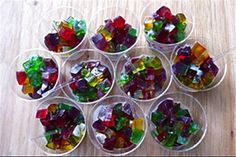 Aprenda a fazer gelatina natural no copinho e outras receitas - Receitas - GNT