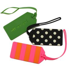 Travel in style with these Kate Spade NY luggage tags! The perfect gift for a frequent flyer.