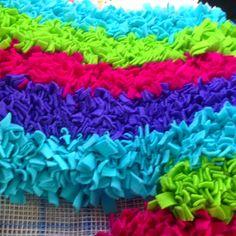 Simple DIY Rug Project Using Strips Of Fleece Via LittleGrayFox - Diy rugs projects
