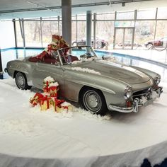 Mercedes Benz #190SL #Roadster / #Christmas Decoration. Source: https://www.instagram.com/mr_mercedesamg. For all your Mercedes Benz 190SL restoration needs please visit us at http://www.bruceadams190sl.com