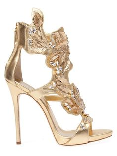 Shop Giuseppe Zanotti Design leaf detail sandals in L'Eclaireur from the world's best independent boutiques at farfetch.com. Over 1000 designers from 300 boutiques in one website.