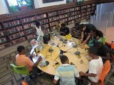 A Library Maker-Space teen summer camp? Teen Library, Elementary Library, Elementary Schools, Summer Camps For Teens, Teen Summer, Summer 2015, Stem Learning, Learning Spaces, Library Inspiration