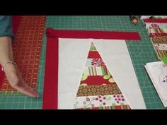 Two Table Topper projects from the Snow Flower Design Roll Part 2 / 2 — Quilting Tutorials Missouri Star Quilt Tutorials, Quilting Tutorials, Quilting Designs, Sewing Tutorials, Christmas Sewing, Christmas Projects, Christmas Quilting, Christmas Stocking, Fun Projects