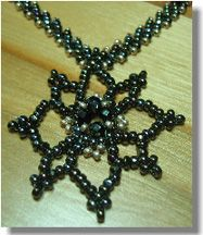 Easy Mandela Pendant & Chain Pattern at Bead-Patterns.com