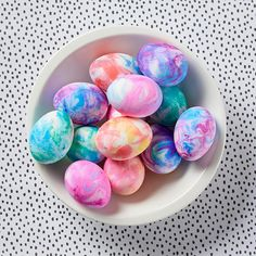 Shaving cream Easter eggs might be the best Easter egg decorating hack weve seen! Create a perfectly-marbled display of gorgeous eggs in just minutes. Plus, get our best tips for making decorated eggs food-safe. Shaving Cream Easter Eggs, Easter Egg Dye, Coloring Easter Eggs, Easter Crafts For Kids, Crafts For Teens, Diy And Crafts, Easter Decor, Best Shaving Cream, Nutella