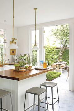To z trend alert 5 kitchen trends to consider wall of kitchen windows