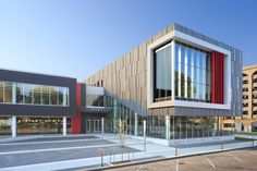 Metal Design System incorporated many unique features into the Cedar Rapids Public Library. See our site to see how we can bring your design to life. University Architecture, Library Architecture, Public Architecture, Industrial Architecture, Concept Architecture, School Architecture, Architecture Design, Design 3d, Facade Design