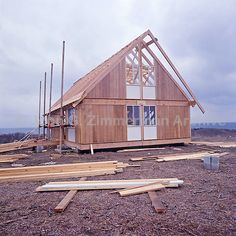 construction of Jens Risom's Block Island prefab A-frame cabin in 1967