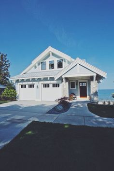 House New award winning Craftsman style home Beach Cottage Style, Coastal Cottage, Cottage Homes, Coastal Style, Architecture Design, Haus Am See, Craftsman Style Homes, Craftsman Lake House, Coral Gables