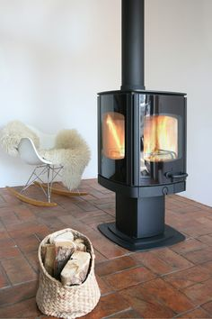 Wood burning, multi-fuel & gas stoves Glasgow at Stove World Glasgow. We stock Charnwood & Contura stoves with live displays in our Glasgow stove showroom. Wood, Traditional Fireplace, Contemporary Fireplace, Wood Fireplace, Modern Victorian, Wood Burner, Stove, Modern Fireplace, Solid Fuel Stove