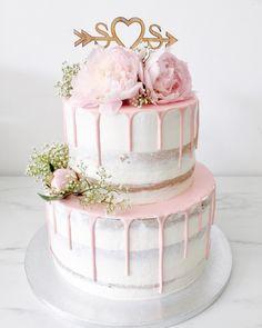 Savory magic cake with roasted peppers and tandoori - Clean Eating Snacks Cute Birthday Cakes, Birthday Cakes For Teens, 18th Birthday Cake, Cute Cakes, Pretty Cakes, Beautiful Cakes, Cake Boss, Nake Cake, Teen Cakes