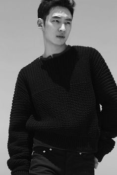 Lee Je Hoon | 이제훈 | D.O.B 4/7/1984 (Cancer) Korean Star, Korean Men, Asian Men, Asian Guys, Knit Fashion, Sweater Fashion, Asian Actors, Korean Actors, Korean Celebrities