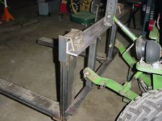 Three-Point Tractor Forks, by M. Welded Metal Projects, Welding Projects, Easy Projects, Project Ideas, 3 Point Attachments, Tractor Attachments, Bobcat Equipment, Homemade Tractor, Tractor Accessories