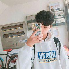 PDX101: SON DONGPYO (손동표) from DSP MEDIA 미디어♥︎ PREDEBUT✨ Urban Dance, Types Of Boyfriends, Dsp Media, K Pop Star, Wattpad, Produce 101, That One Friend, Ulzzang Boy, Hyungwon
