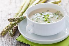 Favorito A beautiful bowl of Cream of Asparagus Soup is a delicious and special dish for any seasonal gathering or simply Leer más Gourmet Recipes, Soup Recipes, Cooking Recipes, Easy Recipes, Soup Stock Image, Creamed Asparagus, Fresh Asparagus, Salad Topping, Dieta Detox