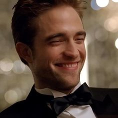 Twilight Videos, Twilight Quotes, Twilight Book, Twilight Pictures, Robert Pattinson Twilight, Twilight Edward, Peter Facinelli, Jamie Campbell Bower, Aesthetic Movies