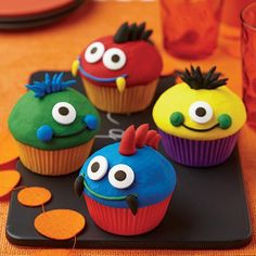These friendly monster cupcakes are ready to pop on over to your birthday celebration!