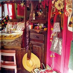 Decoraci n gitana en pinterest casa gitana decoraci n for Muebles gitanos