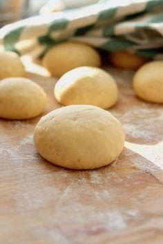 Dumplings, Hamburger, Potatoes, Favorite Recipes, Bread, Vegetables, Food, Potato, Brot