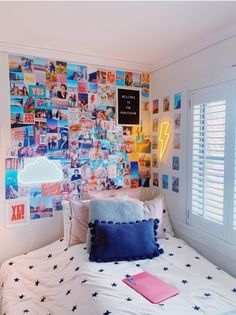 Cute Bedroom Ideas, Room Ideas Bedroom, Teen Room Decor, Cute Room Decor, Bedroom Decor, Bedroom Inspo, Dorm Room Designs, Girl Bedroom Designs, Aesthetic Room Decor