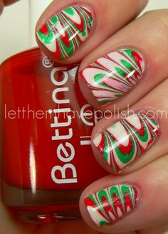 Holiday Watermarble with Bettina Nail Polish - Mojito, and Marshmallow Xmas Nails, Holiday Nails, Diy Nails, Valentine Nails, Halloween Nails, Christmas Nail Designs, Christmas Nail Art, Merry Christmas, Christmas Colors