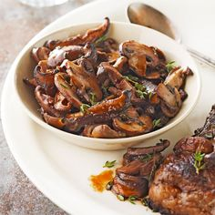 How to Saute Mushrooms Sauteing mushrooms sears the outsides to a lovely and flavorful brown while keeping the insides juicy. Learn the secret for cooking mushrooms perfectly and five simple ways to savor them.