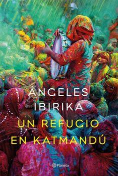 #Reseña Un refugio en Katmandú de Ángeles Ibirika  http://ellibrodurmiente.org/un-refugio-en-katmadu-angeles-ibirika/  Cuando comencé a leer Un refugio en Katmandú, lo primero que pensé, es que estaba adentrándome en una novela de intriga. Pasadas bastantes páginas cambié de opinión. No es de misterio, es romántica. Pero no me gustó encasillar el libro en ese género, aunque tuviera mucho de él. Es una historia que te transporta con sensaciones a lugares donde de sobra es sabido ...........