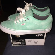 c40dffb4500e7a Size 9.5 vans chukka low. sea foam color