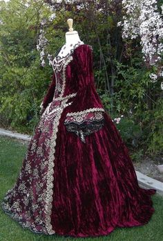 Gothic Renaissance or Medieval Fantasy Wedding by RomanticThreads, $950.00
