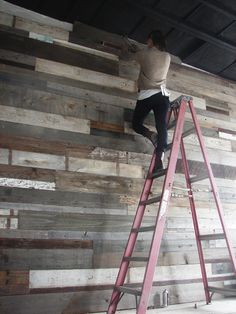 Love this reclaimed barn wood wall! Even in a southwest / tuscan style home; this would be pretty darn awesome! I love the variation in the color and the depth / warm feeling of the wood. Reclaimed Wood Projects, Salvaged Wood, Reclaimed Timber, Deco Design, Design Design, Wall Treatments, Wooden Walls, My New Room, Restaurant Design