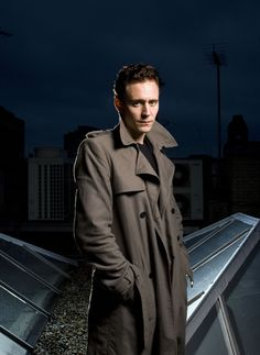 Session 02 - 012 - Tom Hiddleston Online